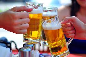 Uống rượu bia thì bao lâu mới được lái xe
